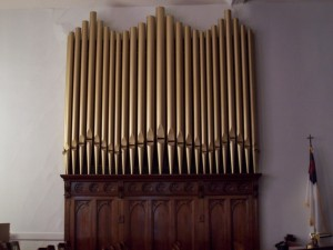 On May 1 1913 a contract was signed by the Rev. E.J. Heilman to purchase and install a two manual water-powered Moller Pipe Organ at a cost of $2000. & History of the Salem Organ